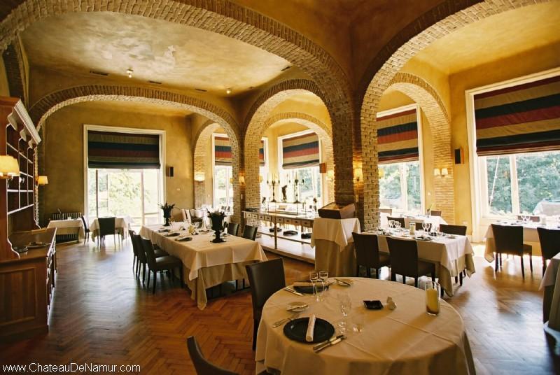 restaurant le ch teau de namur h tel restaurants namur belgique. Black Bedroom Furniture Sets. Home Design Ideas